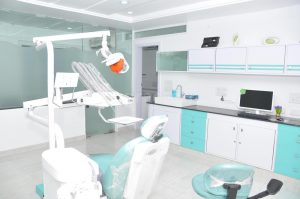 یو پی اس تجهیزات دندانپزشکی